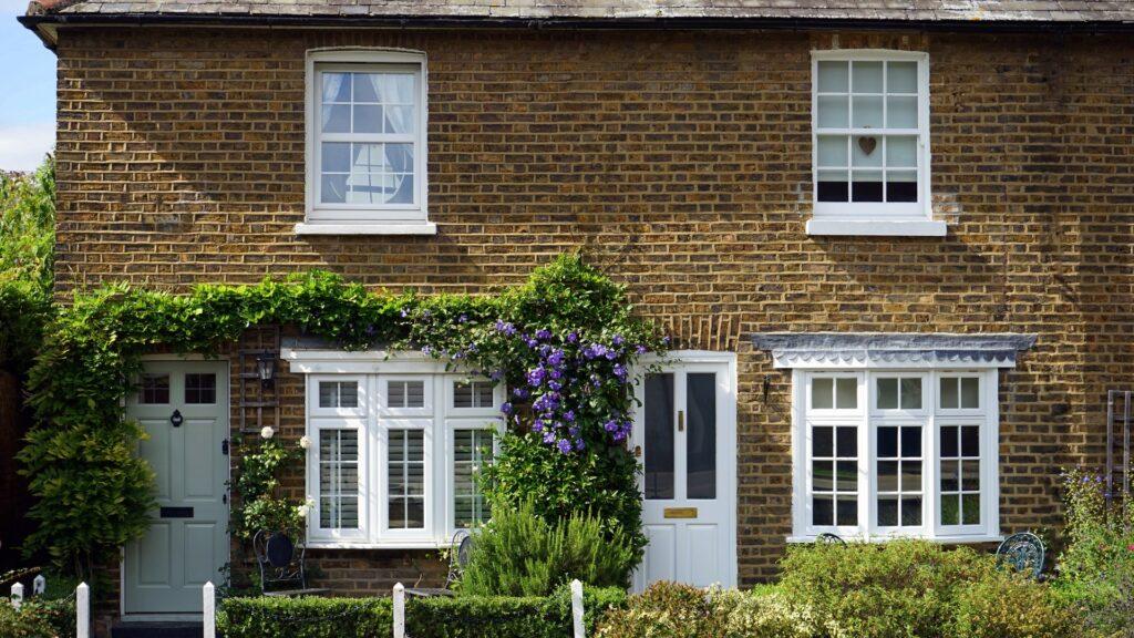 apartment-architecture-brick-britain-140511
